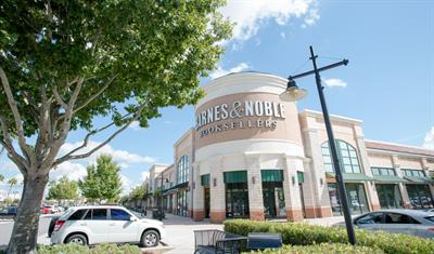 waterford-lakes-town-center-barnes and noble